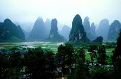 I want vacations in Guilin Peaks China