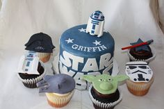 Yummy Mummy Cupcakes: Star Wars Cupcakes and Cake