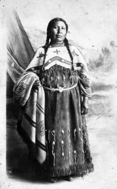 Mrs. Bluebird, Сиу. Период 1880-1910.