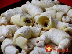 Tradičný recept zo 4 prísad: Svätomartinské rožteky z krehkého cesta! Kiflice Recipe, Stuffed Mushrooms, Cooking Recipes, Cheese, Chicken, Vegetables, Food, Christmas, Basket