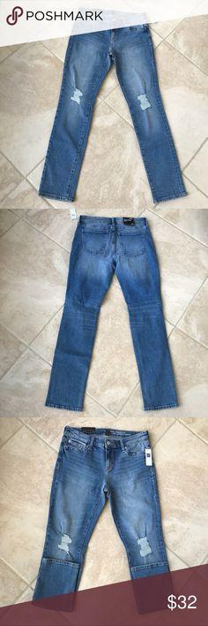 Gap women jeans Low rise slim through the hip and thigh straight leg size 4/27 GAP Jeans Straight Leg