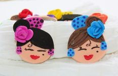 Manualidades y Abalorios: Broches flamencas!! Andalusia, Kitsch, Minnie Mouse, Creations, Disney Characters, Pile, Handmade, Biscuit, Madrid