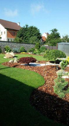 Small Front Yard Landscaping, Sloped Backyard, Home Landscaping, Landscaping With Rocks, Gravel Garden, Garden Edging, Succulent Rock Garden, Diy Garden Bed, Dream Garden