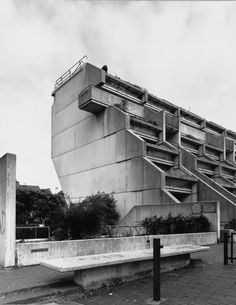 """""""The Architect's Jump"""" at Alexandra Road, Camden, London, NEAVE BROWN, architect, Camden Council Architects Dept, designed / built 1968-1978, GRADE II Listed"""