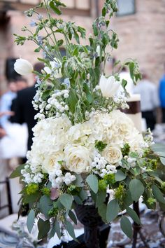 The floral at this wedding was so beautiful.  Done by Flowers Forever Design.