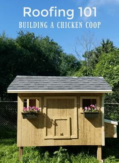 Your chicken coop needs a secure, waterproof, and predator-proof roof. This post has clear, concise, and simple DIY instructions for roofing your coop. Chicken Coop Run, Backyard Chicken Coops, Building A Chicken Coop, Chickens Backyard, Outdoor Projects, Diy Projects, Off Grid House, Steel Roofing, Earth Homes