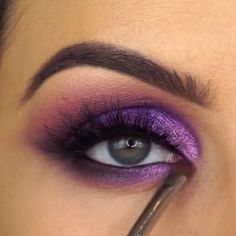Eye Makeup Tutorial With Purple Shades Purple Makeup Looks, Black Eye Makeup, Purple Eye Makeup, Makeup Eye Looks, Black Girl Makeup, Eye Makeup Art, Purple Eyeshadow, Eyeshadow Makeup, Ball Makeup