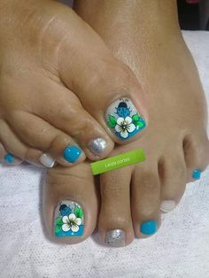 Pretty Toe Nails, Cute Toe Nails, Cute Toes, Pretty Toes, Gorgeous Nails, Diy Nails, Merry Christmas Gif, Magic Nails, Toe Nail Designs