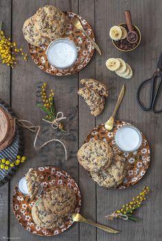 Cookies à la banane & aux pépites de chocolat. Cookies Et Biscuits, Baking Cookies, Milk