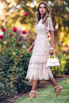 guest attire spring what to wear style ideas Wedding guest attire spring what to wear style ideas Pretty Dresses, Beautiful Dresses, Awesome Dresses, Estilo Boho Chic, Birthday Outfit For Women, Birthday Outfits, Women Birthday, Birthday Images, Prom Dresses