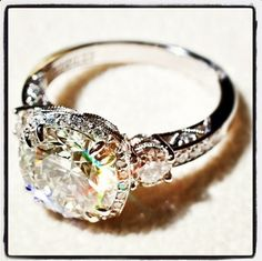 <3, if a light yellow diamond is the center stone, and rubies on either side ....this is my favorite and would be the ring I would wear forever