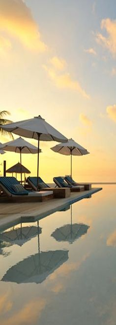 Sunset...Velassaru, Maldives #Honeymoon
