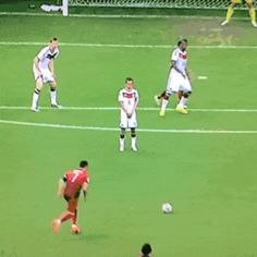The One-Man Wall with one of the shortest players in the German team - The Magnificent Lahm