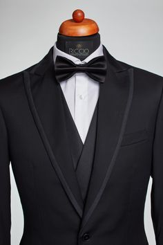 Dare to be different Proposals, Suit Fashion, Suits, Detail, Style, Outfits, Wedding Proposals, Men's Suits, Proposal