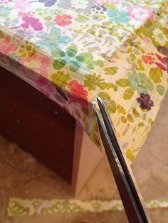 Garage Sales R Us: How to Mod Podge dresser drawers Refurbished Furniture, Repurposed Furniture, Furniture Makeover, Painted Furniture, Furniture Projects, Diy Furniture, Diy Projects, Furniture Stores, Furniture Outlet
