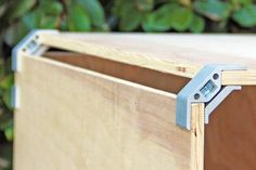 The PLY90 is a patent pending connector that is a faster, better looking alternative for DIY furniture. This clip/bracket works with many plywoods and hardwoods.
