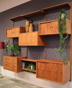 Danskt hyllsystem i teak, PS-system. Teak, Cabinet, Storage, Inspiration, Furniture, Home Decor, Clothes Stand, Purse Storage, Biblical Inspiration