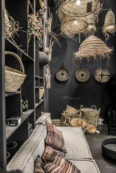 23 Clever DIY Christmas Decoration Ideas By Crafty Panda Casa Magnolia, African Interior Design, Bohemian Interior, Restaurant Design, Restaurant Restaurant, Home And Deco, Interior Inspiration, Interior And Exterior, Living Room Decor