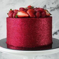 5 tendências de bolos para festas: bolo glitter metalizado