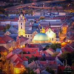 Hungary, Pécs este