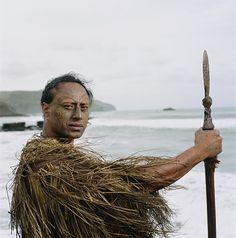 Maori People, Portrait Pictures, The Prestige, Hawaiian, Cloaks, Culture, Capes, Islands, Art Ideas