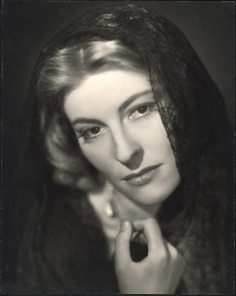 "1943 - Place 1 - Marianne Hoppe in ""Romanze in Moll"""