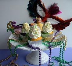 Mardi Gras Cupcakes.2