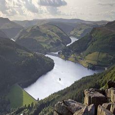 Ladybower Reservoir, Derbyshire, England
