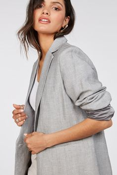 You can always rely on a great blazer to take you from Monday through to Sunday. Designed in a rayon/linen blend, the Violet comes in a relaxed fit with front pocket details. For work pair with trousers and your favourite blouse or wear over a tee with denim and sneakers for a casual look. Rayon/linen blend Classic blazer Relaxed fit Button Material: 45% Rayon, 55% Linen Pocket Detail, Casual Looks, Work Wear, Hooded Jacket, Trousers, Sunday, Blazer, Button, Denim