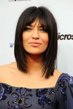 If you have straight short hair, and want to change style, we highly recommend these short straight hairstyles with bangs, and get a new charming look. Adding some little highlights to your hair and create a different beautiful look. My Hairstyle, Hairstyles With Bangs, Pretty Hairstyles, Straight Hairstyles, Hairstyles Pictures, Black Hairstyles, Short Haircuts, Thin Hair Haircuts, Layered Hairstyles