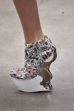 mcqueen. i need me a pair please :)