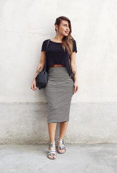 minimalista com sandália prateada