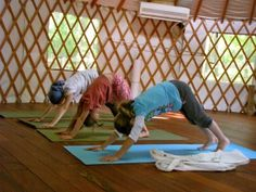 Benefits of yoga for children, body, breathing, mindfulness, peacefulness