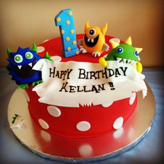I love the topper on this cake with everything from the banner and then the number. Love these monsters, lots of color especially the almost violet colored looking monster... I like the color red to be incorporated in the design