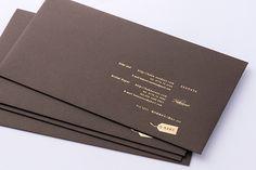 コットンパールチョコレート封筒全体画像 Notes Design, Menu Design, Print Design, Logo Design, Graphic Design, Typography Design, Lettering, Visual Communication Design, Wood Book