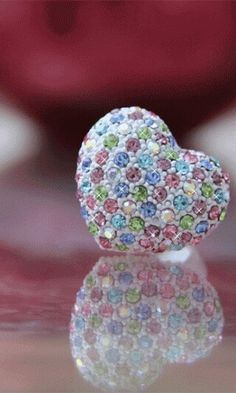 Hert with gems of love.