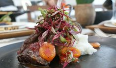 Grilled Ostrich on pap with marmalade served on frying pans « The Home Channel Healthy Dishes, Healthy Eating, Healthy Food, Ostrich Meat, Meat Recipes, Healthy Recipes, Marmalade, Fine Dining, Grilling