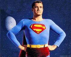 George Reeves as Superman,he Supposedly shot himself but no gun residue was found on either of his hands .the case is still.unsolved then again he was Superman ,maybe he just flicked the bullet into his skull ! Mole Man, The Mole, Olivia De Havilland, George Reeves, Steve Reeves, Mejores Series Tv, Adventures Of Superman, Little Bit, Lynda Carter