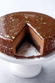Nutella Brownie mousse cake with chocolate mirror glaze, makes this mousse cake extra impressive, a perfect holiday dessert recipe! Nutella Brownies, Nutella Mousse, Chocolate Mousse Cake, Nutella Cake, Brownie Cake, Chocolate Cookies, Chocolate Desserts, Chocolate Mirror Glaze, Cake Recipes
