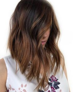 It's like an espresso shot for dull brown hair. Stand aside, pumpkin spice, because there's a new caffeinated color trending for fall: cold brew hair. Haircuts For Wavy Hair, Long Bob Haircuts, Short Wavy Hair, Long Bob Hairstyles, Pixie Haircuts, Layered Haircuts, Thin Hair, Curly Hair, Braided Hairstyles