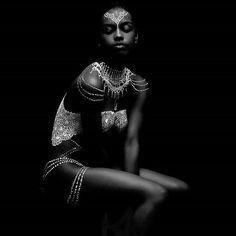 #photo from @ryanmattis - Fin.  Model: @selenajutton Artist: @rebecca_iiv Henna: @simruhenna #jamaica #caribbean #fashionshoot #photoshoot #rihanna #melanin #henna