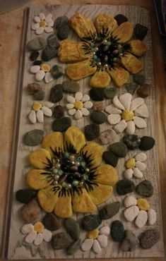 @erenXart #stoneart #pebble #painting #flowers #taşboyama Pebble Painting, Stone Painting, Diy Painting, Painting Flowers, Pebble Mosaic, Pebble Art, Stone Crafts, Rock Crafts, Arte Country