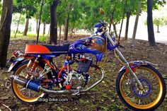 motor cb modifikasi harley Drag Bike, Honda Cb, Motorcycle Helmets, Cars And Motorcycles, Racing, Airbrush, Chopper, Bts, Running