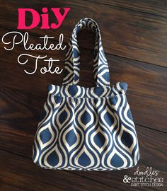 EASY sew: DIY Pleated Tote