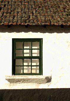 window in Aveleda - besoin d'une rénovation de toiture ?