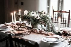 Roasted Parsnips, Christmas Mood, Winter House, Pickles, Rum, Table Settings, At Least, Table Decorations, Dinner