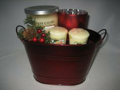 Yankee Candle Company Christmas Cookie Gift Basket by Yankee Candle. $34.99. Perfect gift for any occasion.. Genuine Yankee Candle products. This lovely and reusable decorative tin planter comes sprouting a small tumbler candle and two sampler votive candle, both in Christmas Cookie scent, plus a red Christmas Glass votive holder.