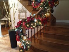 Nancy / N 4 Events • just now N 4 Events, Christmas Staircase Decorating, Christmas Holiday, Winter Holiday, Christmas Decorations, Christmas Stair Decorations, Stairs DIY, Christmas DIY, Staircase, How to Decorate, Christmas Decor, Christmas Tips, Garland, Ornaments, Stocking, Christmas Ideas http://youtu.be/hPnJyaTDRPo