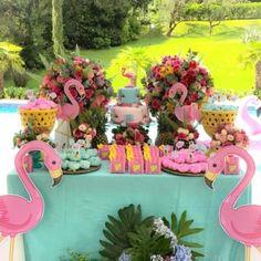Birthday Table Decorations, Birthday Party Decorations Diy, Kids Luau Parties, 1st Birthday Parties, Birthday Surprise For Mom, Happy Birthday, Flamenco Party, Flamingo Birthday, Party Activities