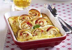 Palačinky nejsou jen sladký dezert. Zkuste je s masem, sýrem a vejci - iDNES.cz Macaroni And Cheese, Ethnic Recipes, Food, Lasagna, Mac And Cheese, Essen, Meals, Yemek, Eten